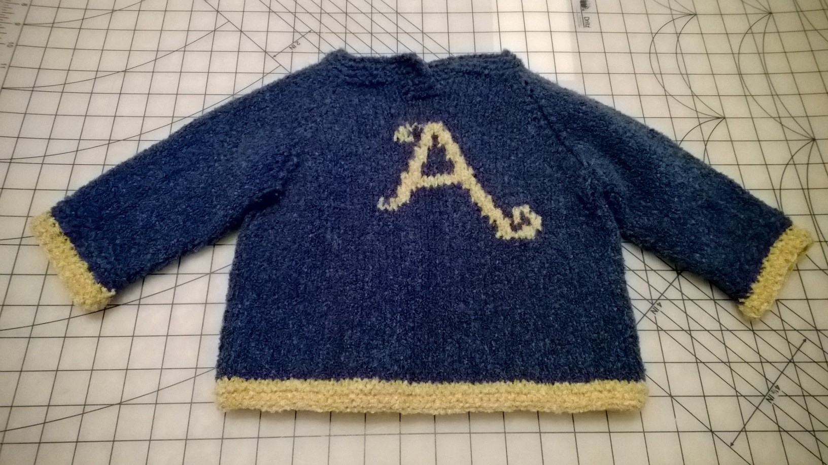 Harry Potter Knits – DIY Weasley Sweater | girlsvsblog